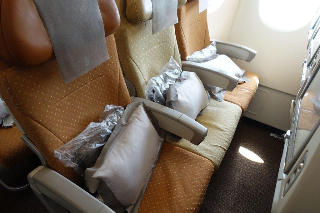 SQ637 座席